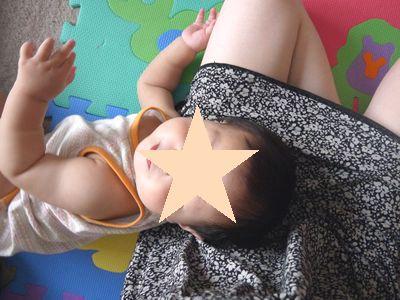 超甘えっこの次女。赤ちゃんでもヤキモチをやく。