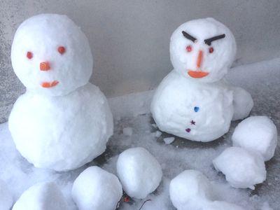 冬休みに子供と作りたい雪だるま